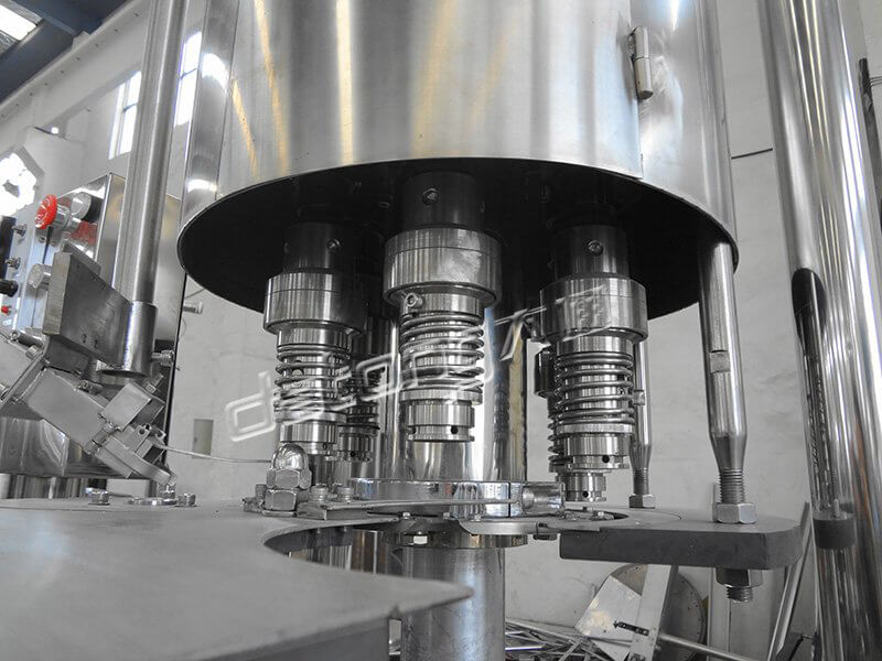 500-1000BPH Carbonated Drink Bottle Capping Machine